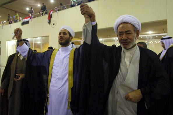 IRAQ-UNREST-RELIGION-PRAYER