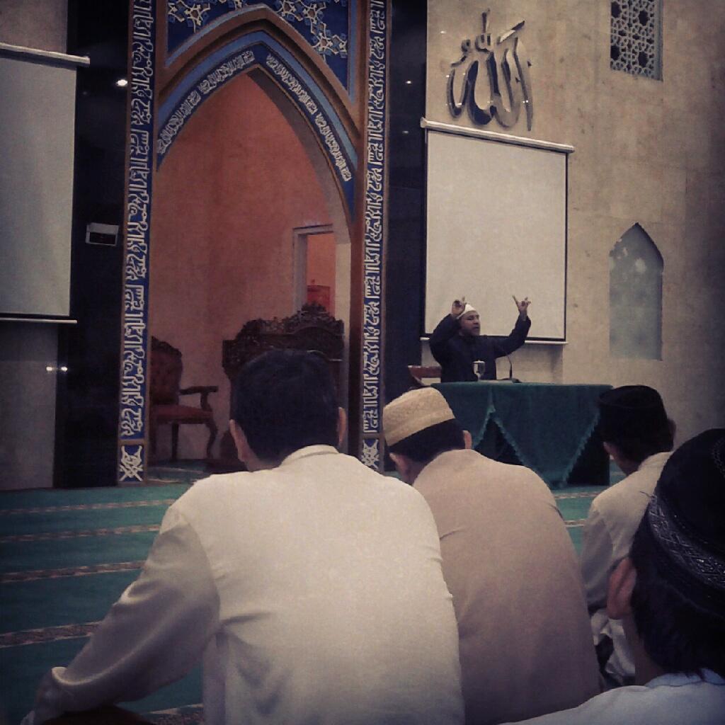 Ustaz Husin Alatas di Masjid Baitul Hakim