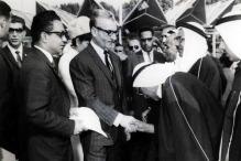 Syah Pahlavi menerima utusan Uni Emirat Arab