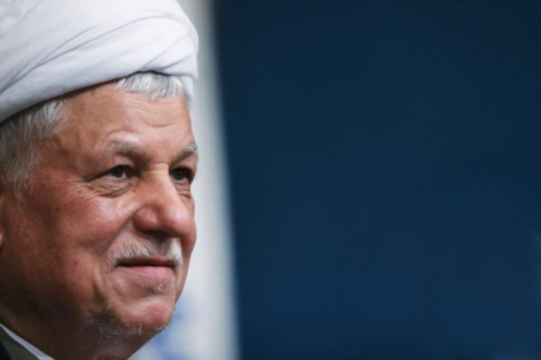 TEHRAN, IRAN - JUNE 21:  Former Iranian president Akbar Hashemi Rafsanjani, a current presidential candidate, attends a campaign rally at Tehran University June 21, 2005 in Tehran, Iran. Rafsanjani will face Tehran's hard-line Mayor Mahmoud Ahmadinejad in the first run-off presidential election in Iran's history.  (Photo by Getty Images)
